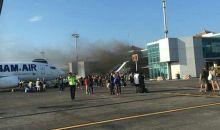 Area Terminal Domestik Bandara Ngurah Rai Bali Terbakar