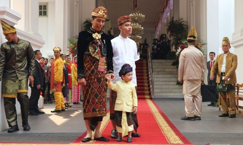 Presiden Joko Widodo Berbusana Adat Bali saat Upacara HUT Kemerdekaan RI