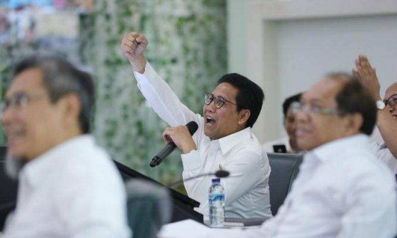 Kelola Dana Desa Non Tunai, Gus Menteri Puji Bupati Kubu Raya