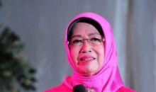 Gus Menteri Ajak Masyarakat Desa Doakan Ibunda Jokowi