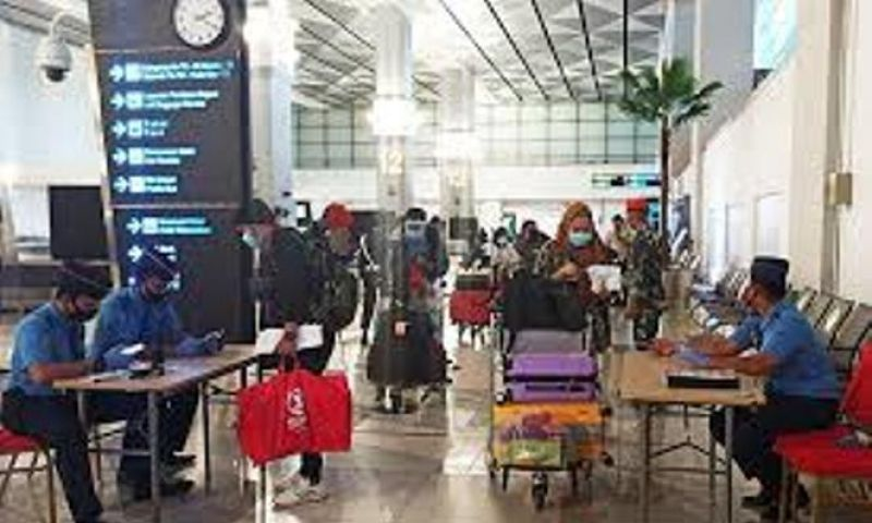 Normal Baru, Calon Penumpang Harus Datang Empat Jam Sebelum Penerbangan