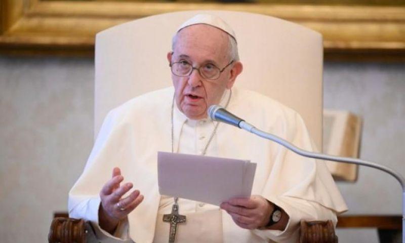 Sebut Libya, Paus Desak Negara-negara untuk Tidak Kirim Migran ke Negeri Tak Aman