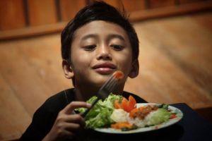 Sayur Jadi Menggiurkan untuk Anak? Begini Saran Ahli Gizi