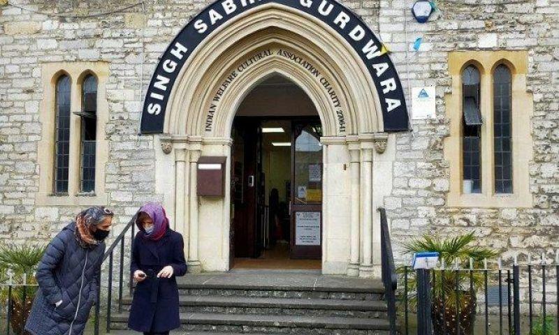 Sukseskan Vaksinasi, Inggris Gandeng Kelompok Agama