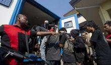 10 Preman Pemeras Supir Truk Pasar Tanah Abang Diamankan Polisi