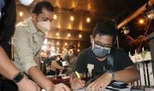 Langgar Prokes, Tim Patroli PPKM Mikro Bubarkan Pengunjung Dua Kafe