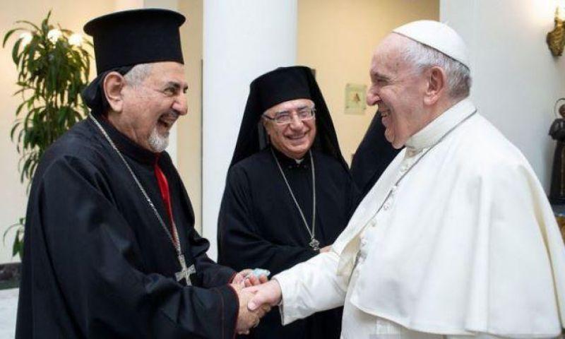 Peringati Setahun Ledakan Maut di Beirut, Paus Berjanji Kunjungi Lebanon