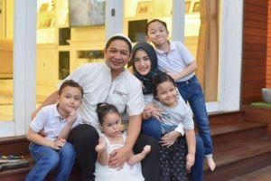 PTM Diberlakukan, Adelia Pasha Rajin Ingatkan Prokes pada Anak